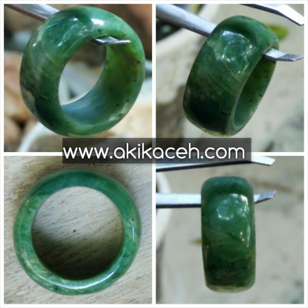Ring Nephrite Jade