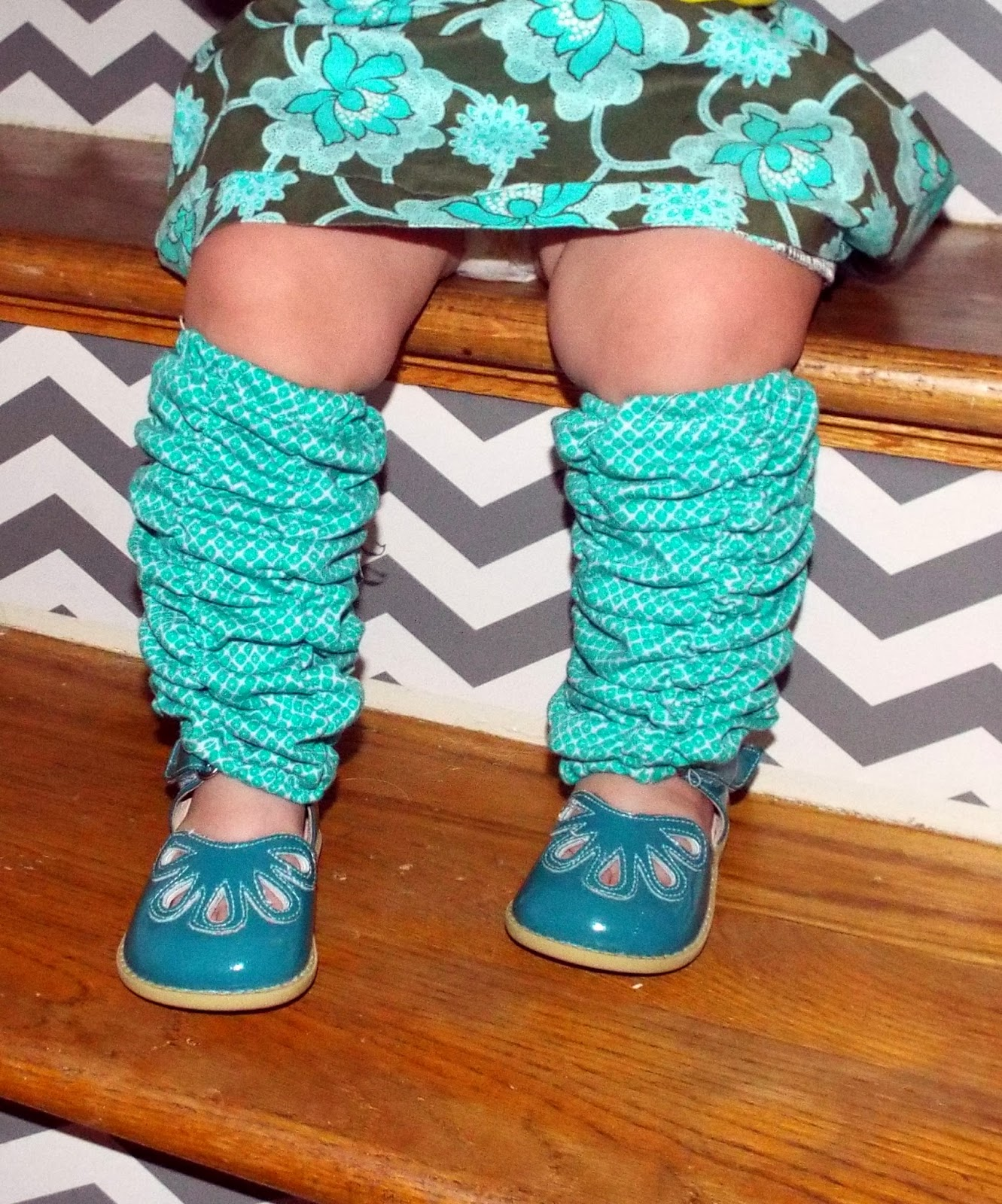 Create Kids Couture: Free Pattern: Lauren\'s Leg Warmers!