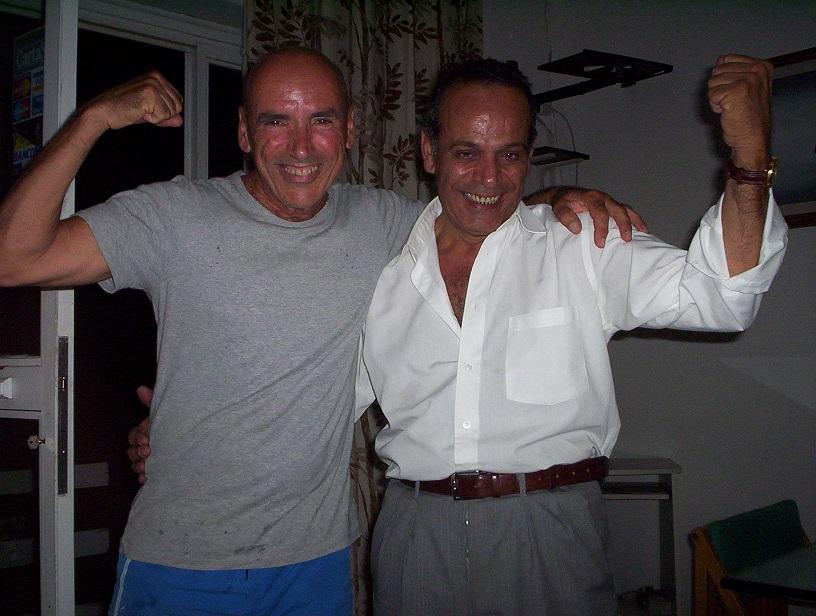Two-Very-Drunk-Robertos-Rome-Italy-2006-Sealiberty
