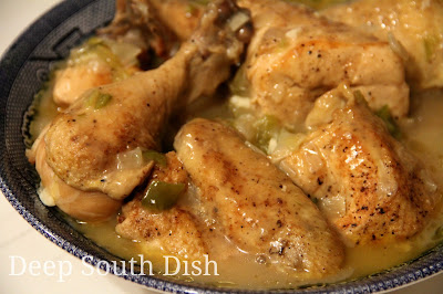 Southern Smothered Chicken  I Heart Recipes