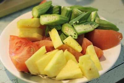 Vietnamese Recipes Vegetarian - Canh Chua Chay