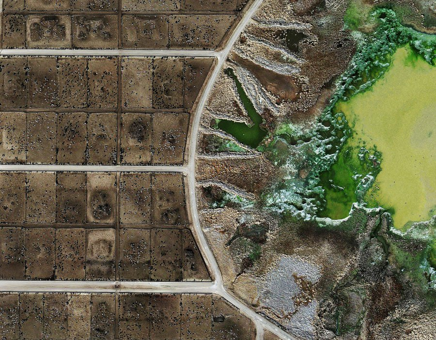 Disturbing Aerial Photos Show What Killing Billions Of Animals For Meat Is Doing To The Environment