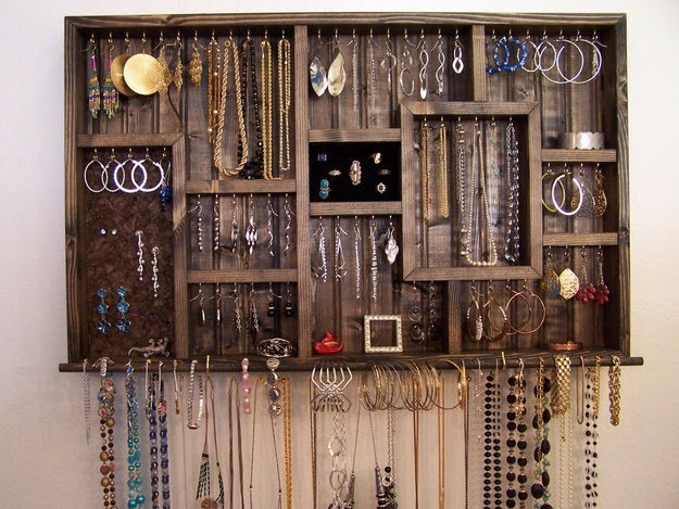 Jewelry is featured in this collection.