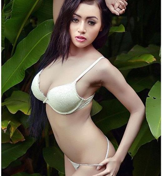 Indah monica hot photoshoot bikini model.