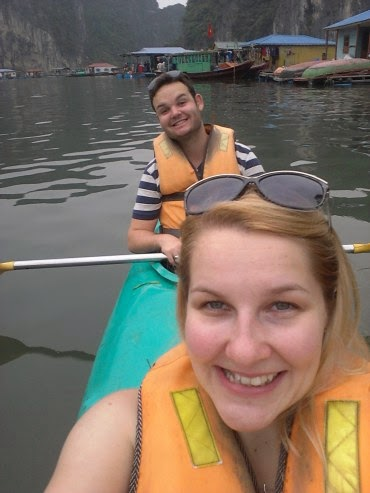 kayaking Halong bay 3