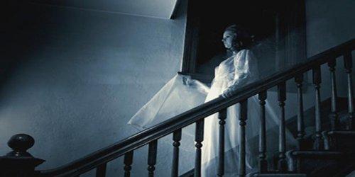 Jasa Pengusiran Hantu
