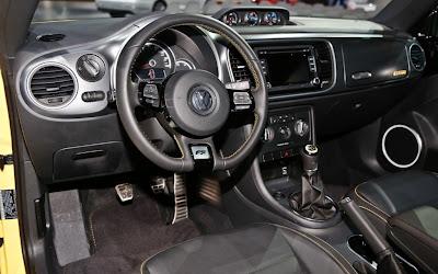 2014 Volkswagen Beetle GSR Interior