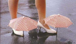 Chindogu Parapluie Chaussure