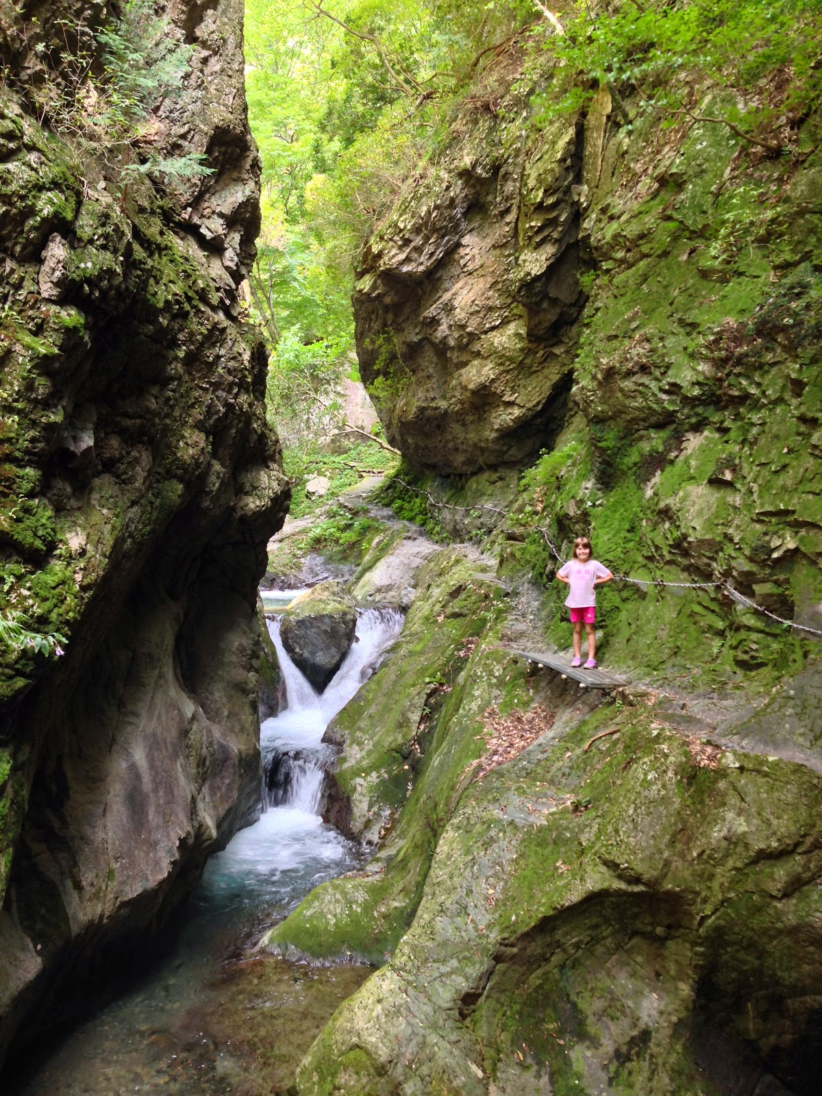 """<a href=""""http://vionm.com/"""">Thailand</a> <a href=""""http://vionm.com/things-to-do-in-bangkok-thailand/thailandhoneymoon-explore-the-beauty-of-koh-samui/"""">Beach</a>: A Lovely Hike To Hinohara Waterfall"""