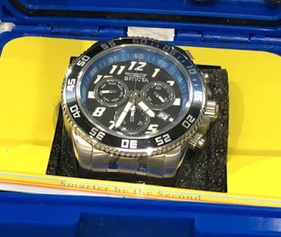 Tell time with the Invicta Pro Diver Men's Watch