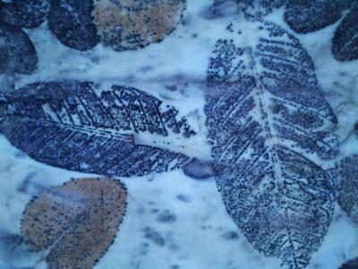 informações sobre eco print, tingimento naturais e mais outras técnicas