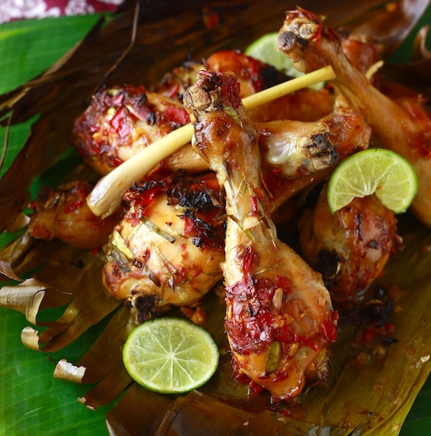 roasted chicken with tamarind and lemongrass on banana leaves recipe