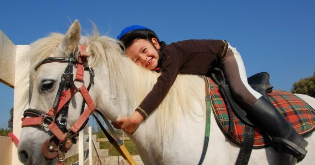 Resultado de imagen de terapia caballos