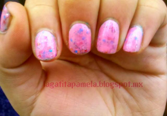 pink glitter sandwich nails