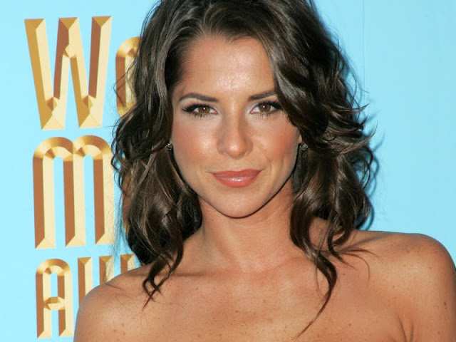 Kelly Monaco Biography and Photos