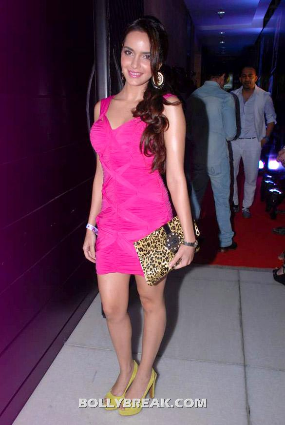 Shazahn Padamsee pink dress hot photo - (2) - Shazahn Padamsee pink dress photos