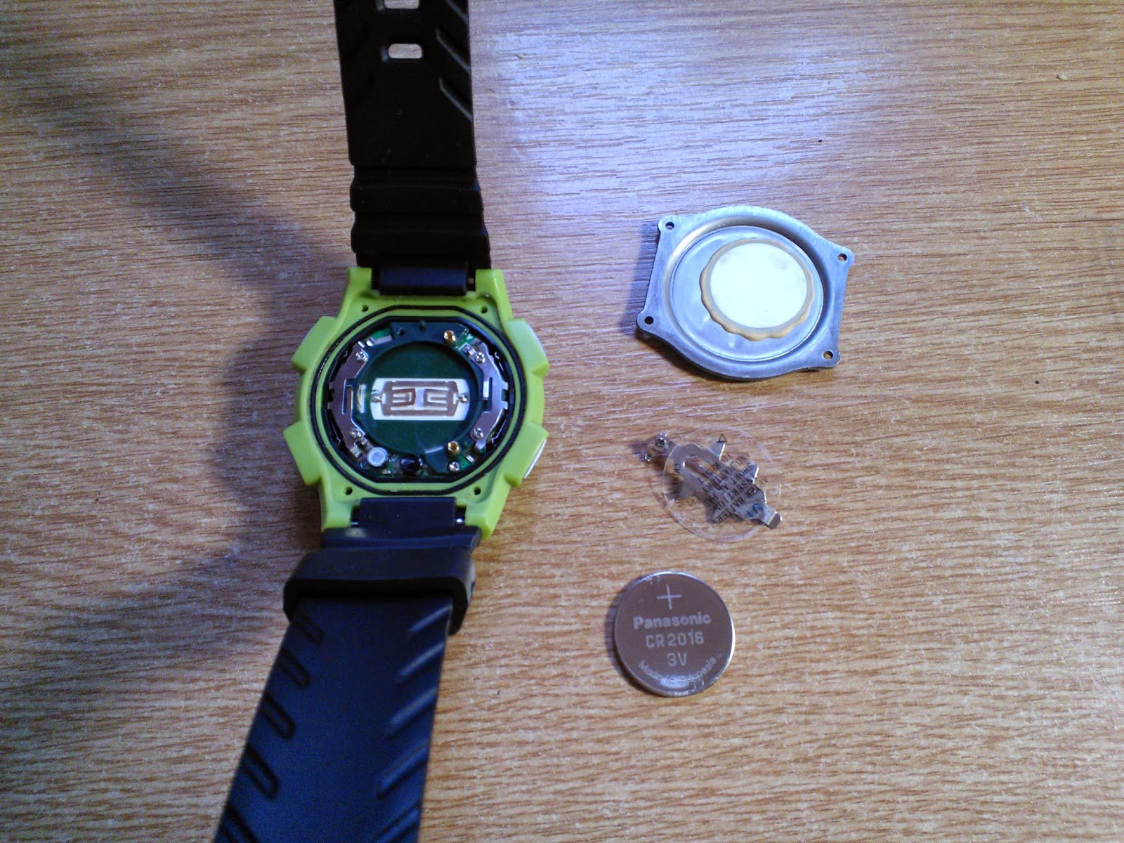 how to change a watch battery with no screws