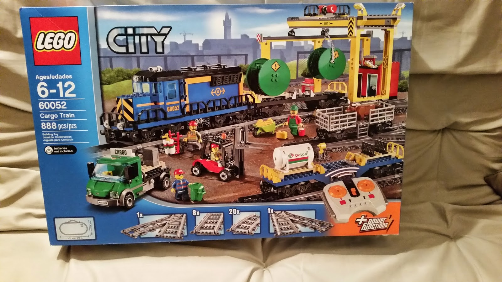 Playing with Bricks: LEGO 60052: Cargo Train - REVIEW