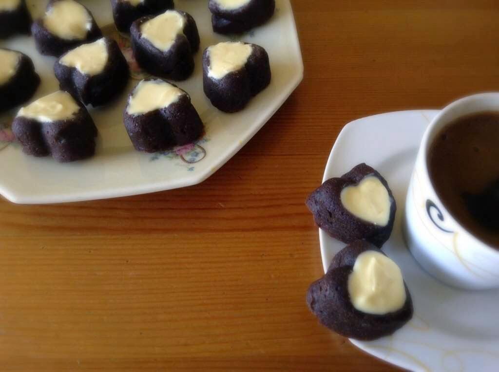 Muzlu ve Kakaolu Mini Kek