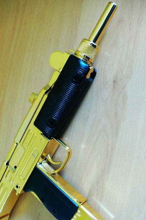 MyGunDiary.com - Gun Blog: Gold Plated Guns?