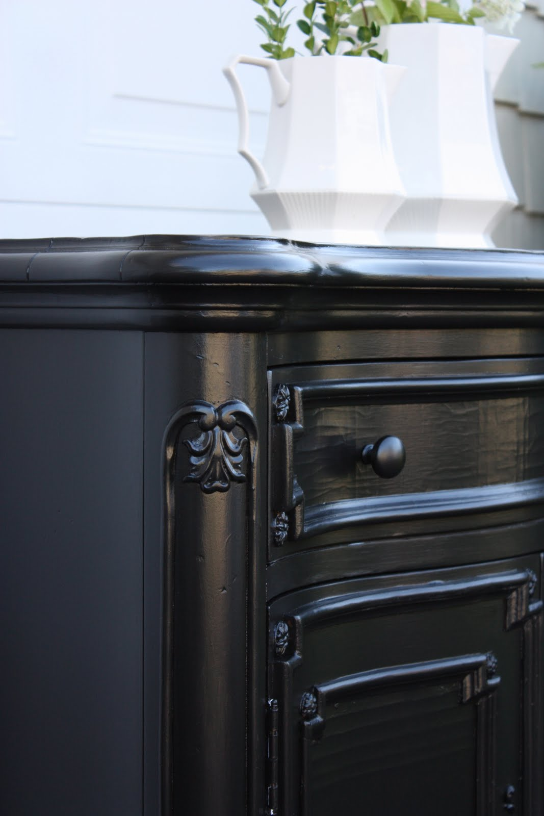 The yellow cape cod glossy black finish vs rubbed black Best color to paint dresser