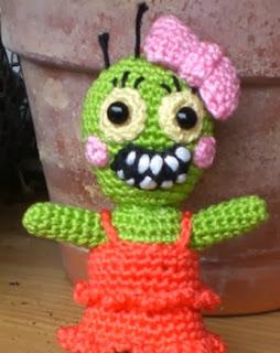 http://www.speckerna.de/pics/Muster/Zombie_Gretel_english.pdf