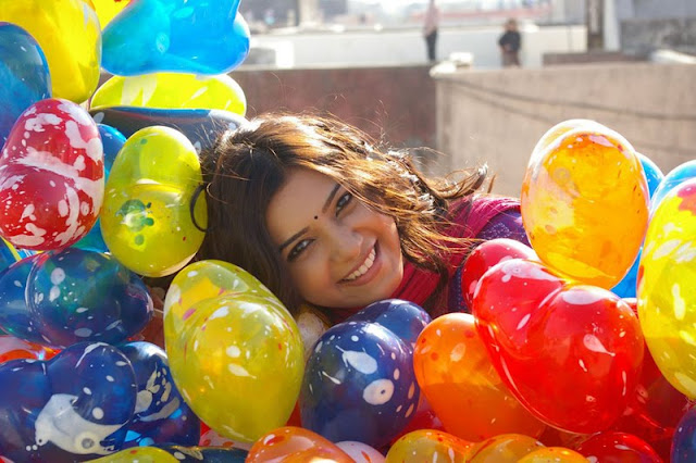 samantha with colorful balloons unseen pics