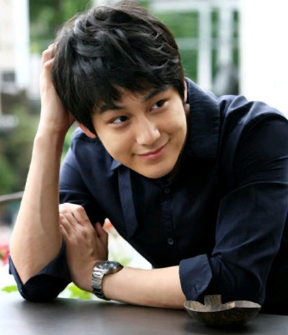 foto Kim Bum terbaru