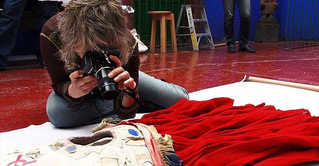 映画 フリーダ・カーロの遺品−石内都、織るように