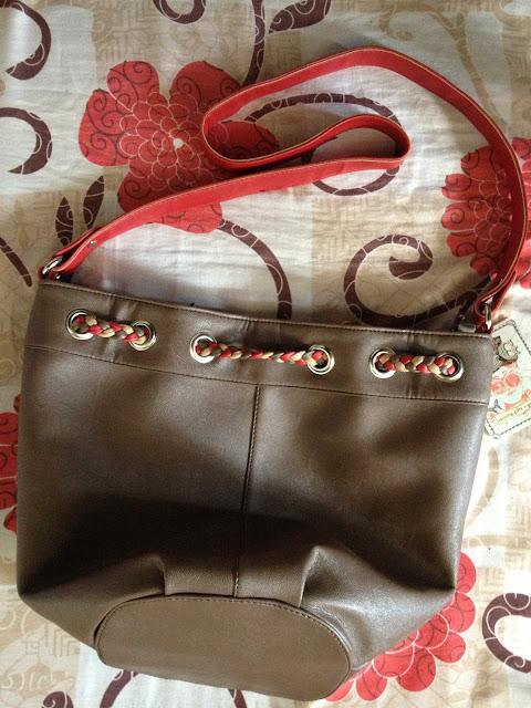 Budget Fashion Seeker - EGG bags promo 3