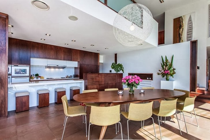 Dining table in Classy contemporary house in Casuarina, Australia