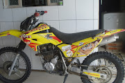 MOTO DE TRILHA A VENDA. Vendo moto XR 250 TornadoAno: 2002