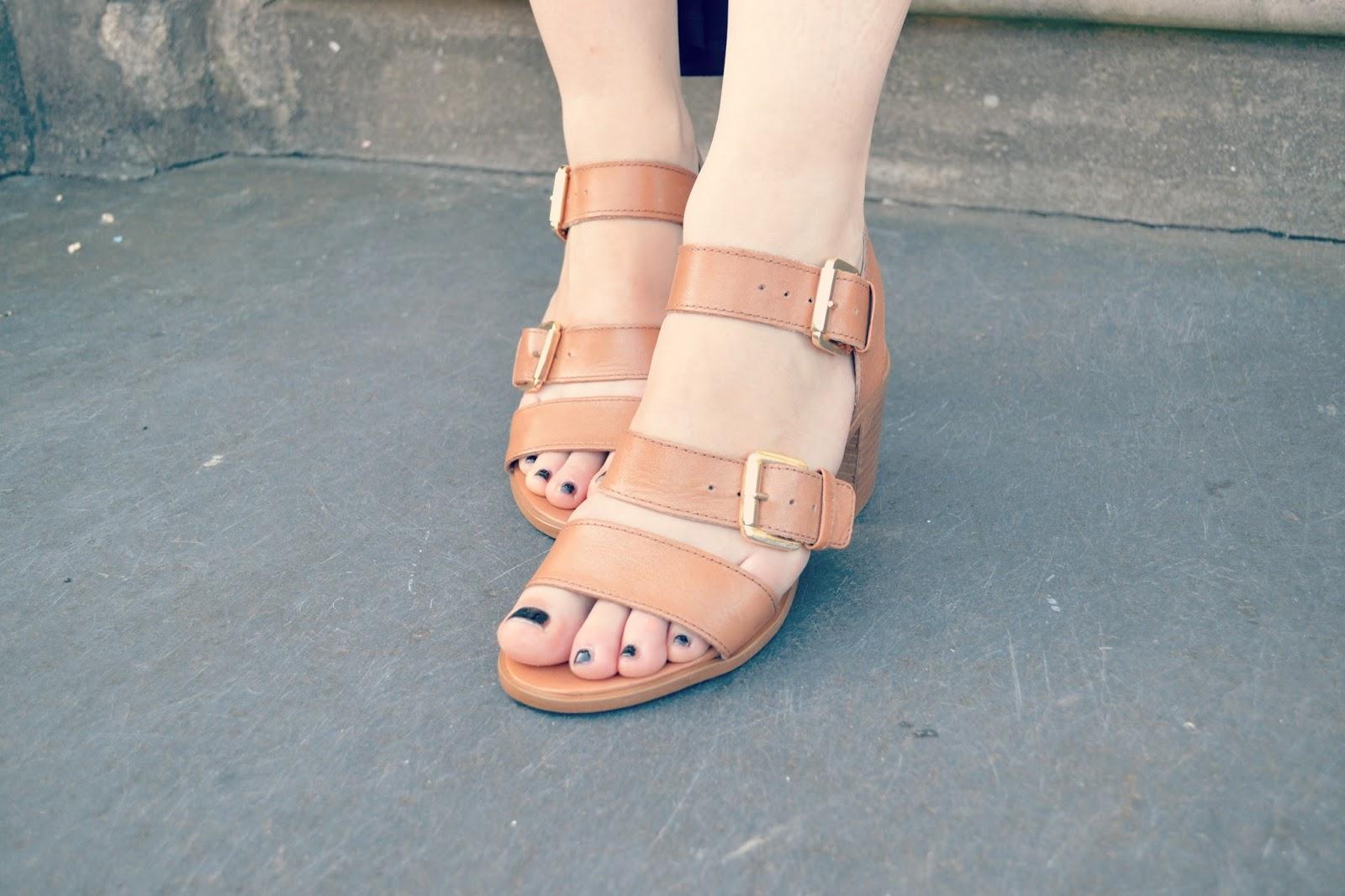 carvela kurt geiger kommand strap sandals