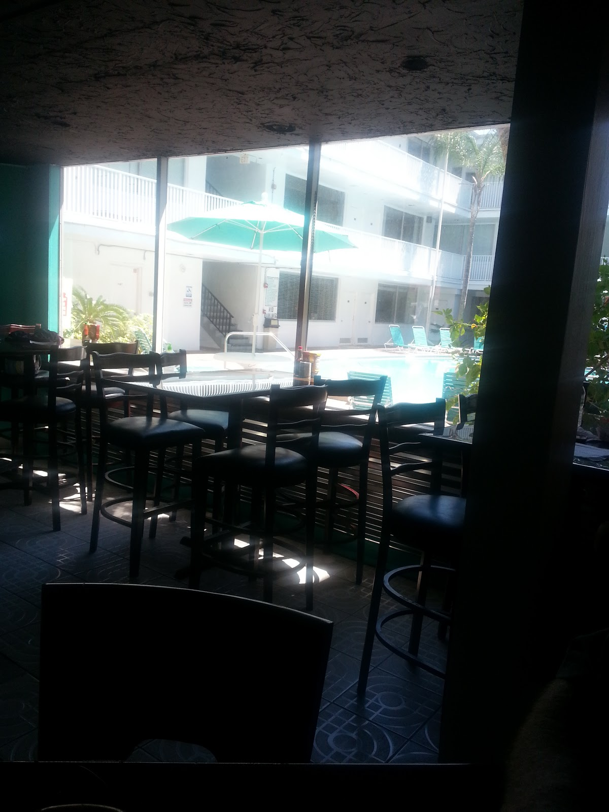 Tampa bay afternoon delight new restaurant emerson 39 s for North beach fish camp menu
