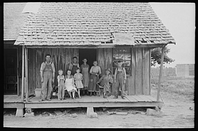 uta 31 january 2011 great depression the great depression in the southin the south, sharecropping was a common job those who did not own land would negotiate a contract with a landowner who would then share the land for
