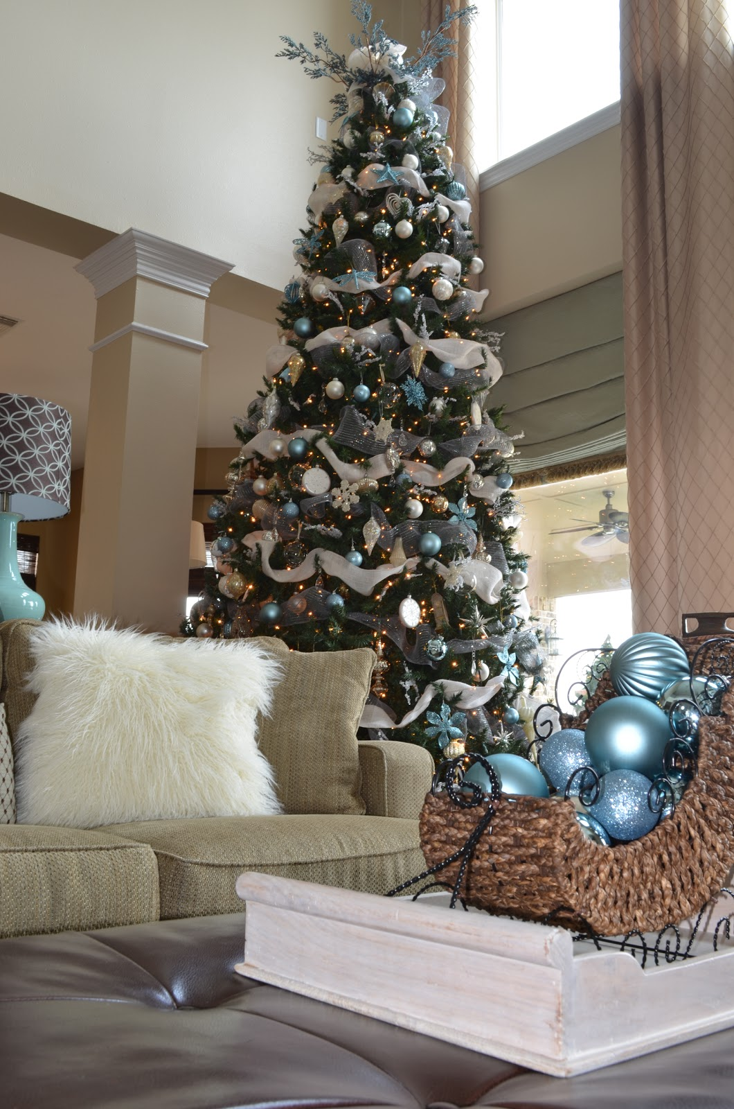 Decor ography burlap bling and blue our naturally for Burlap christmas curtains