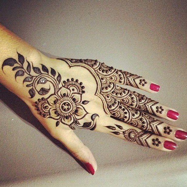 Bridal Mehndi Designs: Hand Mehandi Design Wallpapers Free ...