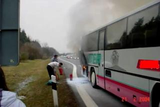 fogo, ônibus, incêndio, extintor