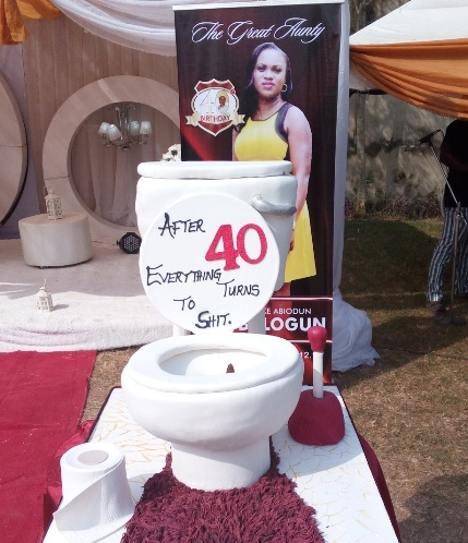 Chaii : Imagine the cake they made for this woman's 40th birthday [ Photo ]