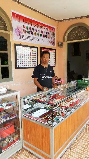 Baren Gemstone (Owner)