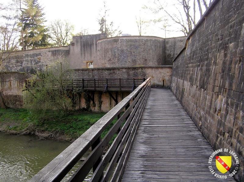 METZ (57) - Les remparts médiévaux