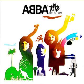 Capa do disco ABBA: The Album, de 1977.