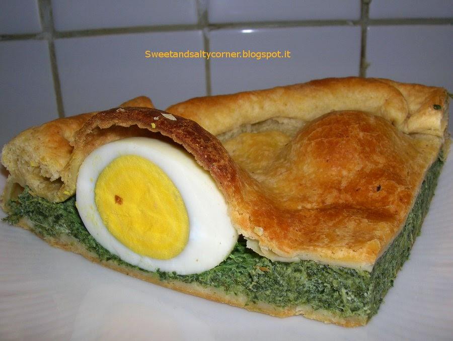 torta salata integrale con spinaci, ricotta e uovo sodo