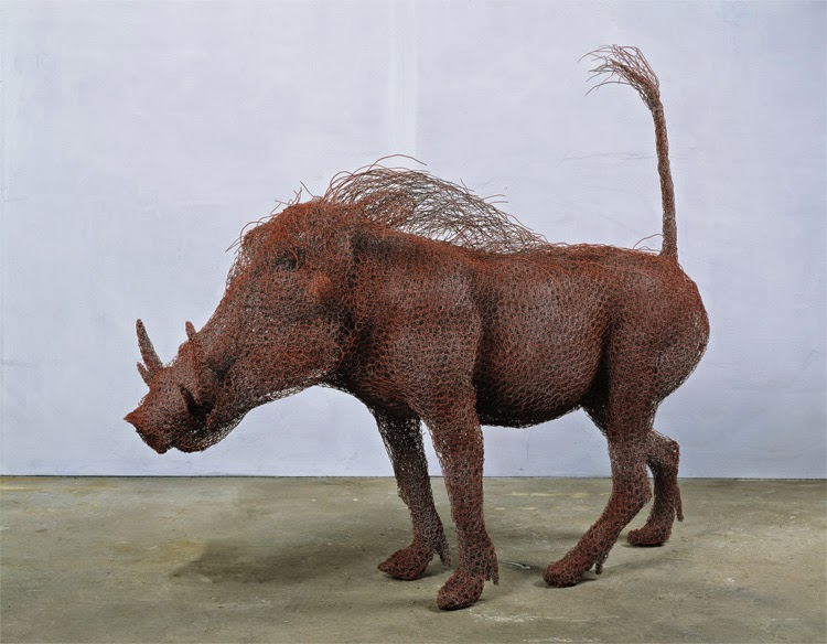 15-Warthog-Kendra-Haste-Galvanised-Wire-Animal-Sculptures-www-designstack-co