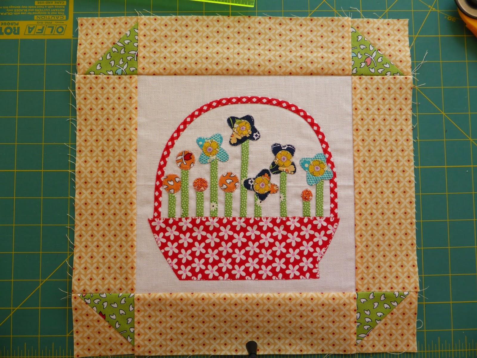 Gossip in the Garden quilt