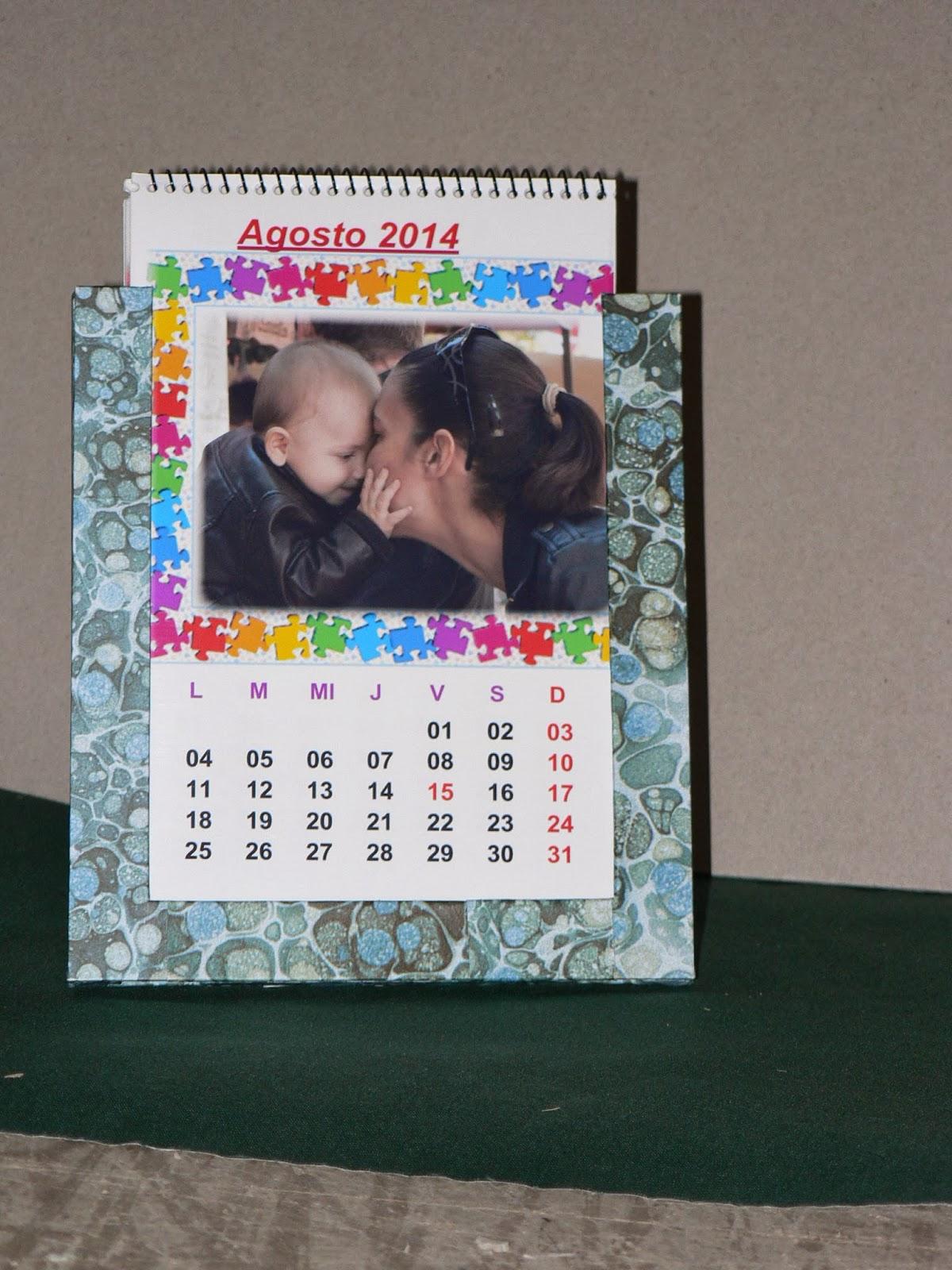 Hecho a mano x Ángela: Calendario con marco