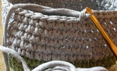 http://www.lasmanualidades.com/2010/11/21/como-reciclar-camisetas-para ...