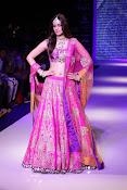 Kriti Sanon latest glamorous raml walk-thumbnail-7