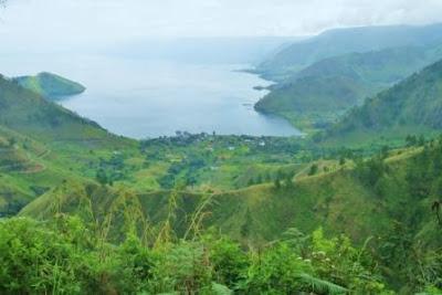 Air Terjun Tertinggi di Indonesia