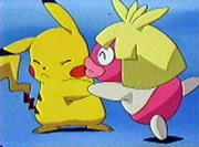Smoochum besando a Pikachu